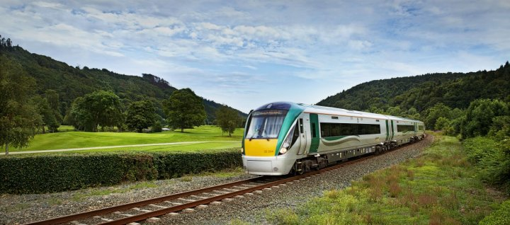 six day rail tour the all ireland tour railtours ireland first class. Black Bedroom Furniture Sets. Home Design Ideas
