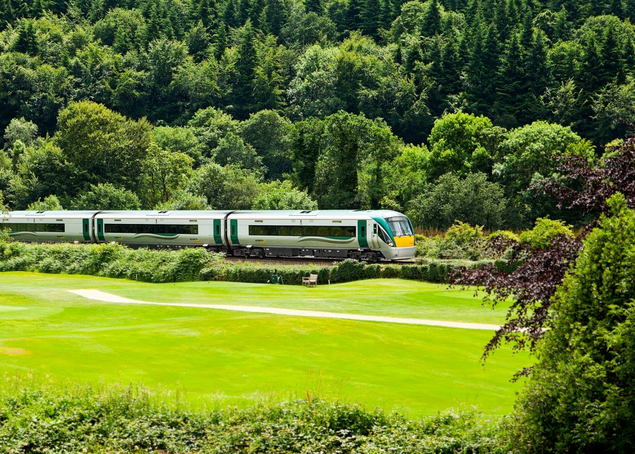 Clifden to Westport - 7 ways to travel via train, bus, and plane